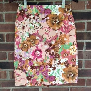Like new J. Crew floral pencil skirt